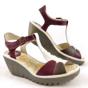 FLY LONDON Yila t-strap leather wedge sandals